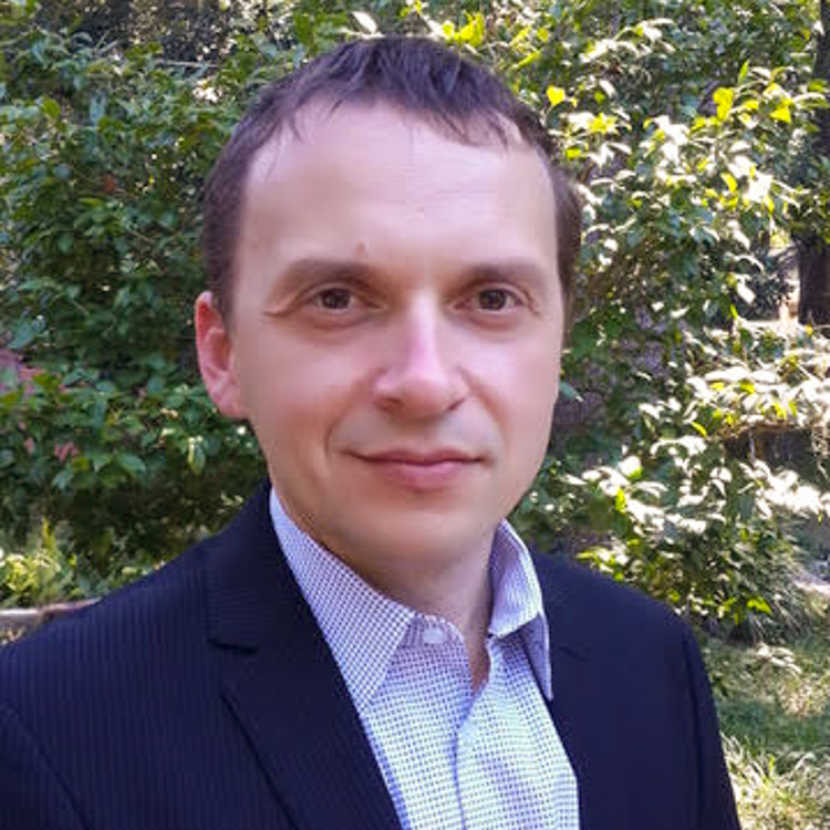 Honors in the Major Student-Mentor Profiles-Dr. Alexander Volya, Physics Professor